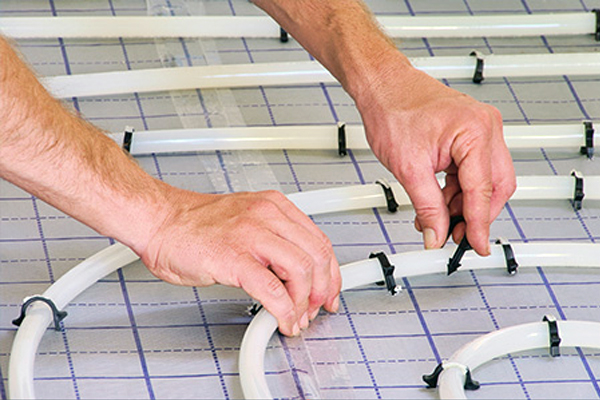 How To Fix Underfloor Heating Pipe To The Floor The