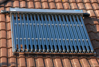 evacuated tubes solar thermal panels