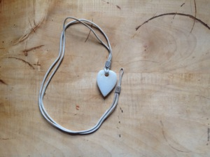 photo 4 Create Beautiful Valentines Day Gifts by Beachcombing for Materials